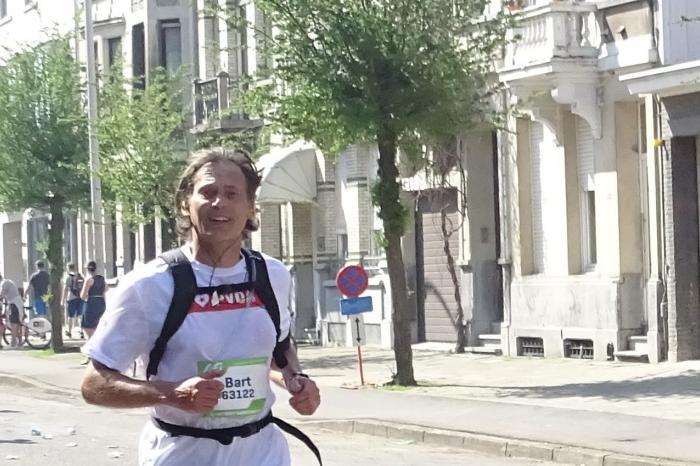 Bart loopt de 20 km van Brussel voor G3W